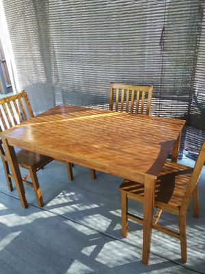 Kitchen table for Sale in Reedley, CA