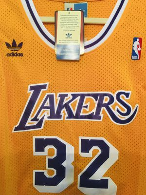 Adidas Lakers Magic Johnson +2 length (brand new) for Sale in San Francisco, CA