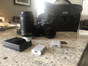 Nikon D3500 for Sale in Sacramento, CA
