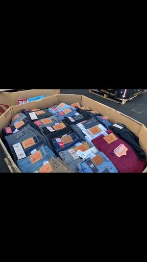 ⭐️ Levis $2,800 Per Pallet 200units⭐️GOING FAST⭐️ for Sale in Montclair, CA