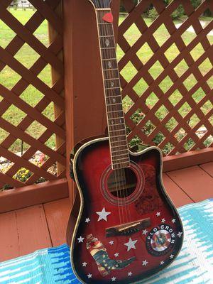 Randy Jackson limited edition guitar with case for Sale in Crawfordville, FL