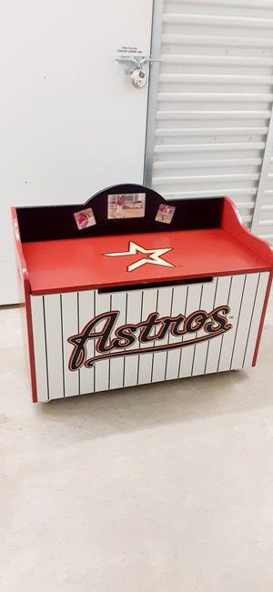 VINTAGE HOUSTON ASTROS WOOD TOY'S BOX for Sale in Houston, TX