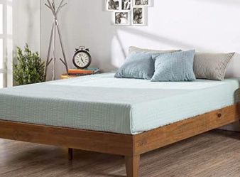 TWIN SIZE: Zinus Deluxe wood platform bed frame for Sale in Cleveland,  OH