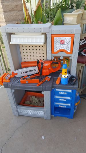 Step 2 tool bench for Sale in Peoria, AZ