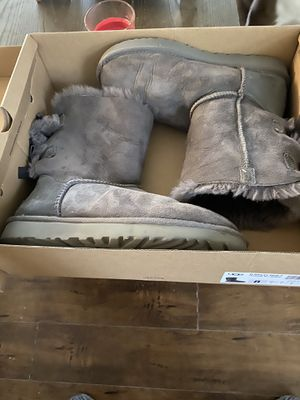 Women's Ugg size 8 for Sale in Houston, TX