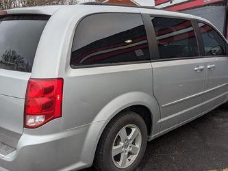 2012 Dodge Caravan SXT 105k Miles Newer Tires And Brakes for Sale in Allen Park,  MI