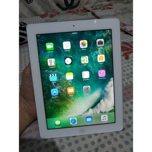 Apple iPad 4, WiFi with Excellent Condition LiKe NeW for Sale in Springfield, VA