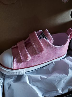 NEW sparkly pink toddlee girl size 10c convers for Sale in Corning, CA