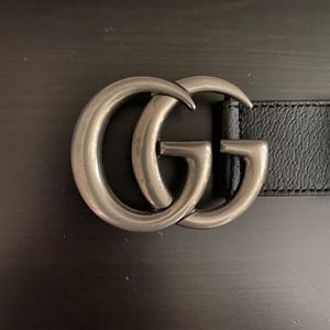 REAL Silver & Black Marmont Leather Gucci Belt for Sale in Long Beach, CA