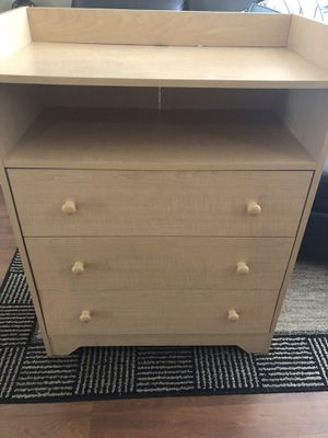 Changing table with drawers for Sale in Albuquerque, NM