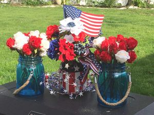 3 PATRIOTIC July 4th Memorial Day Mason Jar Centerpieces for Sale in Livingston, NJ
