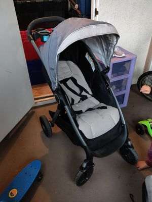Stroller and carseat for Sale in Moreno Valley, CA