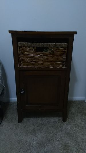Side table/night stand for Sale in North Salt Lake, UT