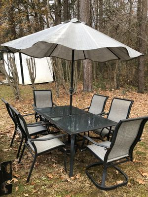 6 Chairs! Table & Umbrella! $80 for Sale in Garner, NC