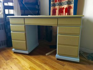 Nicely refinished desk! Excellent condition for Sale in Brooklyn, NY