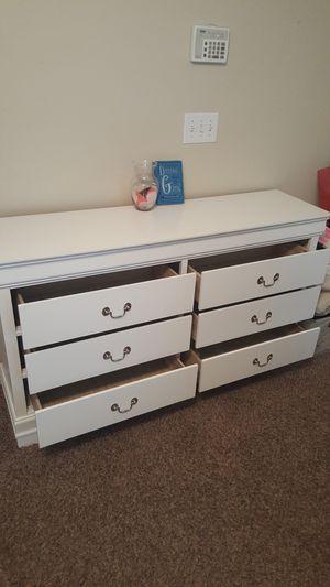 Great furnishings for Sale in Douglasville, GA