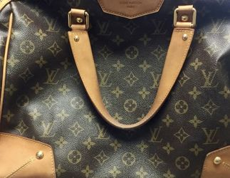 Authentic Louis Vuitton Retiro Bag for Sale in McLean,  VA