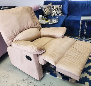 Recliner Chair for Sale in Las Vegas, NV