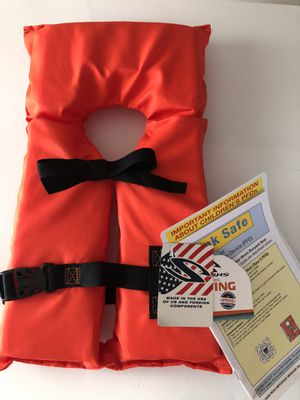 Child life jacket for Sale in Rio Rancho, NM