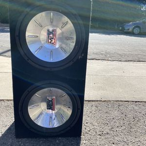 Subwooofer for Sale in Azusa, CA