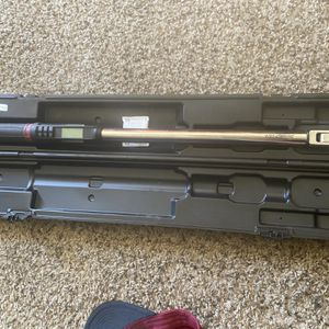 Snap On Digital Torque Wrench 1/2in 15-300ft Lbs for Sale in Phoenix, AZ