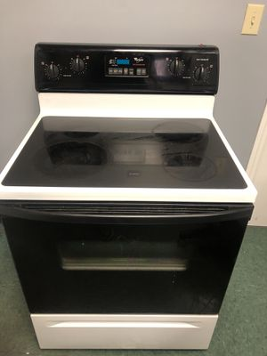 Whirlpool stove for Sale in Hollins, VA