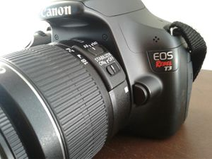 Canon EOS Rebel T3 Camera package for Sale in Fort Walton Beach, FL