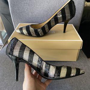 Michael Kors Glitter heels pumps size 8 for Sale in San Lorenzo, CA