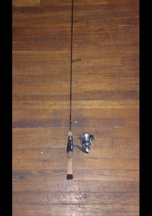Cabelas fish eagle 54 graphite rod with pflueger presidential reel for Sale in Columbus, OH