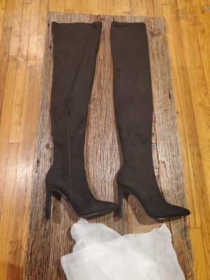 Knee High Boots for Sale in Pico Rivera, CA