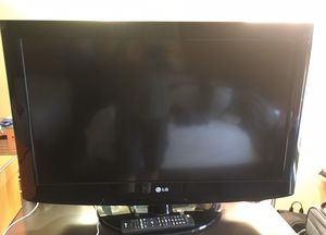 32 inch LCD LG Flat screen TV for Sale in Westminster, CA