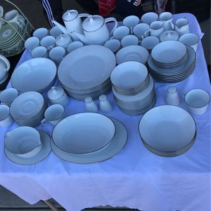 Fine China Set for Sale in Bakersfield, CA