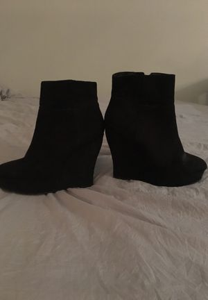 Black low boots for Sale in Gaithersburg, MD