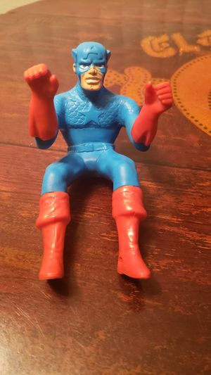 Captain America Ideal Toys Stunt Cycle Chopper Figure 1982 for Sale in Riverside, CA