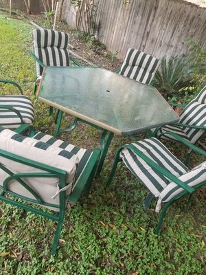 Patio outdoor furniture dining table set six chairs , cushions for Sale in Houston, TX