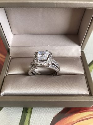 Sterling silver white Sapphire Engagement/Wedding Ring Sz10 for Sale in Melrose Park, IL