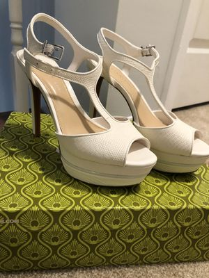 Brand new white heels for Sale in Columbia, SC