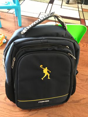 17 inch laptop backpack for Sale in Long Hill, NJ