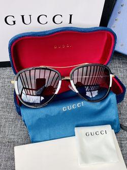 New Gucci Sunglasses for Sale in Auburn,  WA