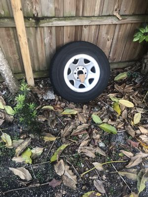 Chevy, GMC tire and rim for Sale in Miami, FL