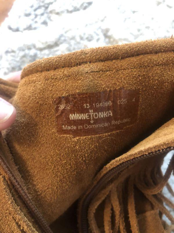 Minnetonka 3 layer fringe boots- genuine leather size 13 girls