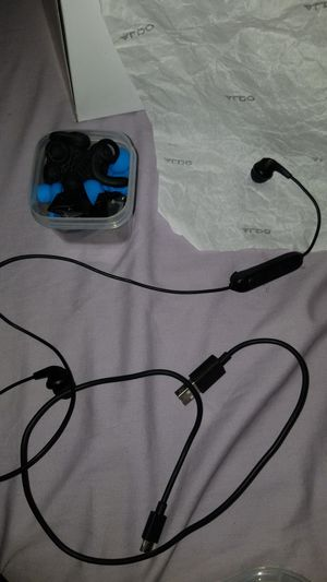 Jlab Bluetooth headphones for Sale in Lakeland, FL