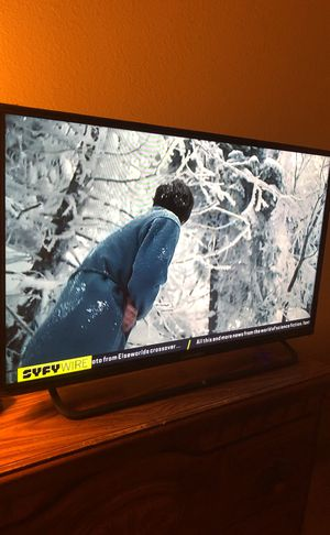 32 inch Element TV for Sale in Las Vegas, NV