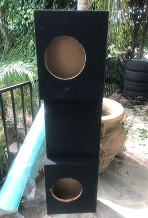 Speaker box 10 in for Sale in March Air Reserve Base, CA