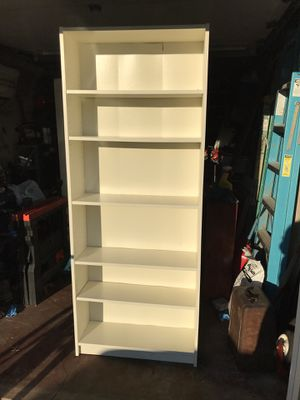 White Bookcase for Sale in Saddle Brook, NJ