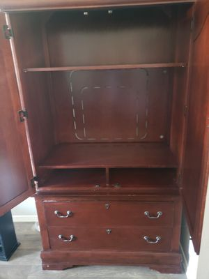 Armoire for Sale in Gilbert, AZ