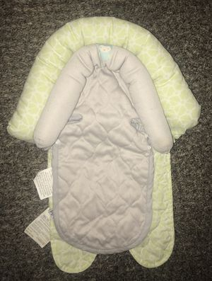 Baby car seat head support for Sale in Moreno Valley, CA