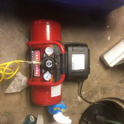 Craftsman 3 Gallon Air Compressor for Sale in Lancaster,  PA