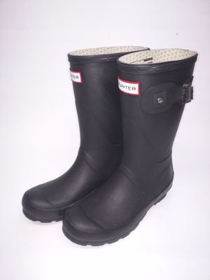 Size 6 HUNTER rain boots (VNDS) for Sale in Miami, FL