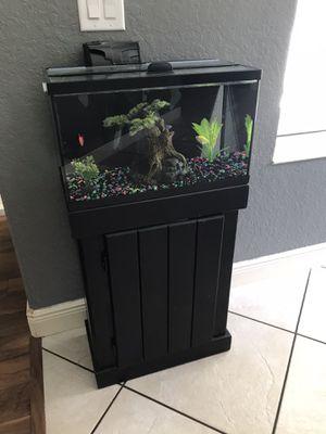 10 gallon glo fish tank aquarium for Sale in Spring Hill, FL